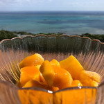 カフェくるくま - ★★★☆ マンゴーの森  冷凍マンゴーに甘いマンゴーソースがトッピング