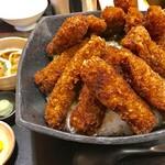 わだ泉 - 3000gのギガ盛り醬油カツ丼【料理】