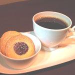 カフェ カラク - 発酵バター使用のクッキーは珈琲との相性が抜群です