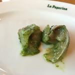 小倉 匠のパスタ ラ・パペリーナ - シマアジ ハコベのソース