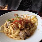 生坂村営やまなみ荘 - 料理写真:春キャベツとアサリの辛味噌パスタ