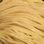 三ツ矢堂製麺 - 自家製の太麺は、国産小麦粉使用