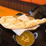 インド料理 INDIA - タンドリーセット (ほうれん草とチキン)