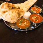 インド料理 INDIA - Cセット(ポークカレー、キーマカレー)