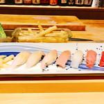 63990876 - 寿司コースの寿司前半の部