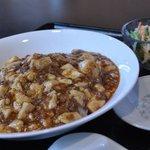 赤門 - セット800円スープサラダ