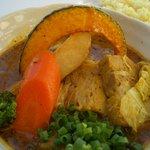 スープカレー plus one - やわらか角煮のスープカレー