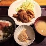 やまや - 料理写真:豚しょうが焼き定食
