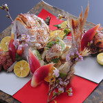 新割烹 丹色 - 祝い鯛