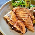 アナログ カフェ ラウンジ トーキョー - 東の匠豚のグリルと旬野菜~黒にんにくのソース~