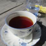 シャーレ水ヶ浜 - 小生紅茶のストレート
