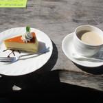 シャーレ水ヶ浜 - 運転手のKさんカフェオレのチーズケーキセット