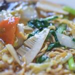 中華キッチン ぐら - 什錦炸麪(ごもくかたやきそば)、笋(たけのこ)