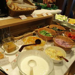 Cafe Restaurant Lavender - このコーナーが肝!サラダ沢山頂きました(^^♪