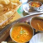 64032173 - ネパール料理の「ダルスープ」などもある