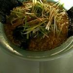 ラーメンショップ - 料理写真:ネギ味噌ラーメンだと思う…