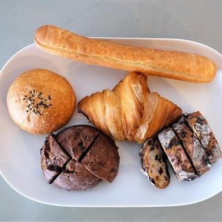 ハルタ - 料理写真:パンいろいろ♪