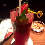 64043895 - Mojito Marzo(紫蘇梅酒と苺のモヒート)