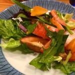 食らんど もっちゃん - 有機野菜のサラダ