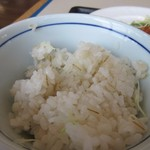 麺屋 千のこな - ご飯は白米か麦ごはんが選べたんで私は麦ごはんを選んでみました。