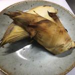 ん。 - 2017/03/10、新物のタケノコなんていかがでしょう。ホイルで包んで蒸し焼きで食べてください。