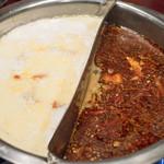 火鍋 趙楊 - 2017.3 火鍋のスープ(白湯と麻辣)