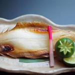 日本料理 桜ばし - 若狭名産笹がれいの塩焼き