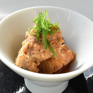 日本酒と相性抜群な料理は500円前後とリーズナブル