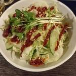 やきとん 豚番長 - 豚番長特製サラダ  300円