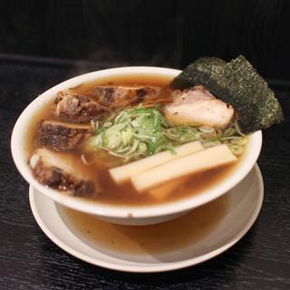 中華そば 新谷 - 料理写真:チャーシューそば大盛り☆