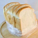 リビエール・シライ - 料理写真:もちもち食パン