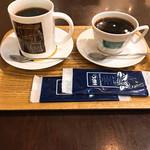 ヒロコーヒー - ドリンク写真:バレンタインブレンド マグ&レギュラー