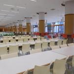 東洋大学 学生食堂 - がら~んと(^_^;)