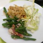 東洋大学 学生食堂 - 前菜3種