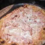 piacere - 窯焼きピザ。