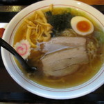 らーめん富神 - 料理写真:しょうゆらーめん(辛みそ付)700円
