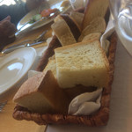 64070319 - 自家製パンです。美味しいパン