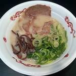 毘侍家 - 【北九州美白乳豚スープ】¥800