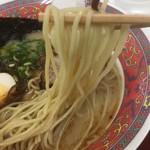拉麺 劉 - 中細ストレート麺