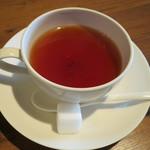 estY - 紅茶