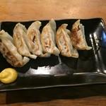 ラーメン海鳴 - 餃子6個(350円)