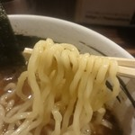 麺場 浜虎 - 中太麺