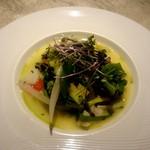 """64079285 - ミッシェルブラススペシャルの温野菜の盛り合わせ""""ガルグイユ"""""""