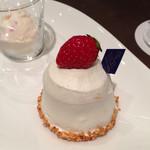 エスタシオン カフェ - ショートケーキ