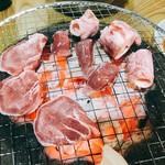 炭よし - 料理写真:三点盛り(タン、タケノコ、砂肝)