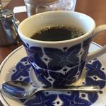 マイケル - ランチをたべるとコーヒーは200円
