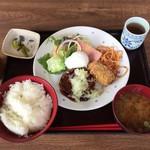 カフェレスト テンセブン - 料理写真:日替わりランチ¥800