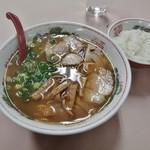 岡山中華そば 後楽本舗 - そば定食(中華そば、餃子、ご飯)720円