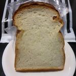 ベーカリーファクトリー - プレミアム食パン厚切り2枚