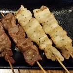 炭焼 やきとん なみ平 - ハツ、豚バラ串